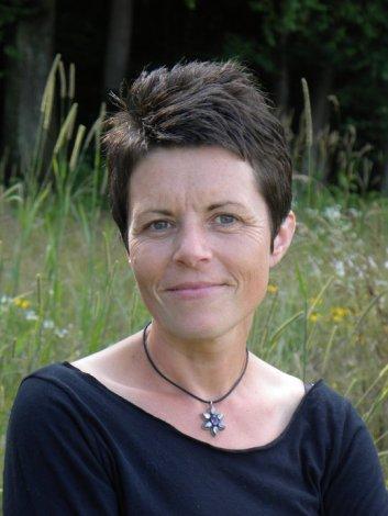 Mary Chicoine Praus head shot